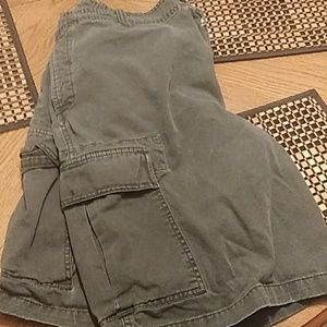 Old Navy mens cargo shorts, size 38, blue.